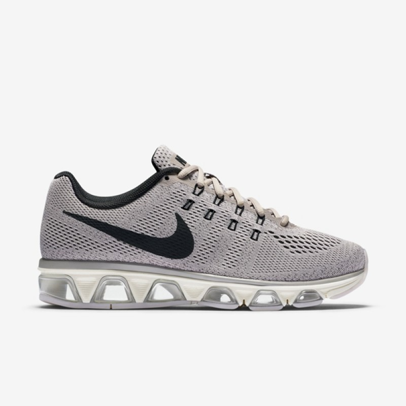 new products 83fd1 86795 nike air max tailwind 8