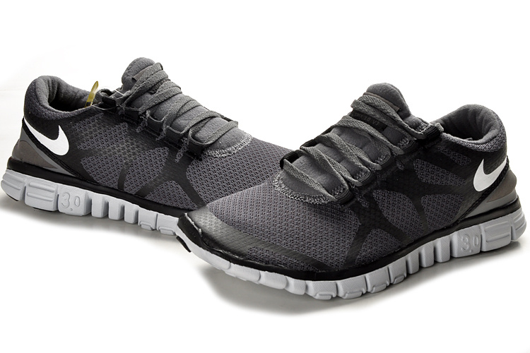 nike slip resistant shoes